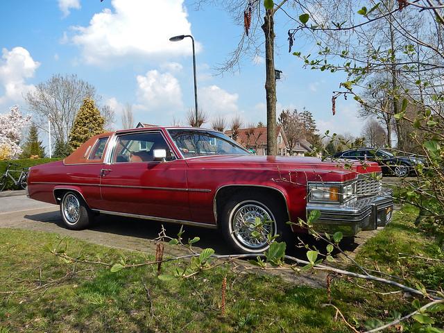 Cadillac Coupé DeVille d'Elegance 1977 (N3703)