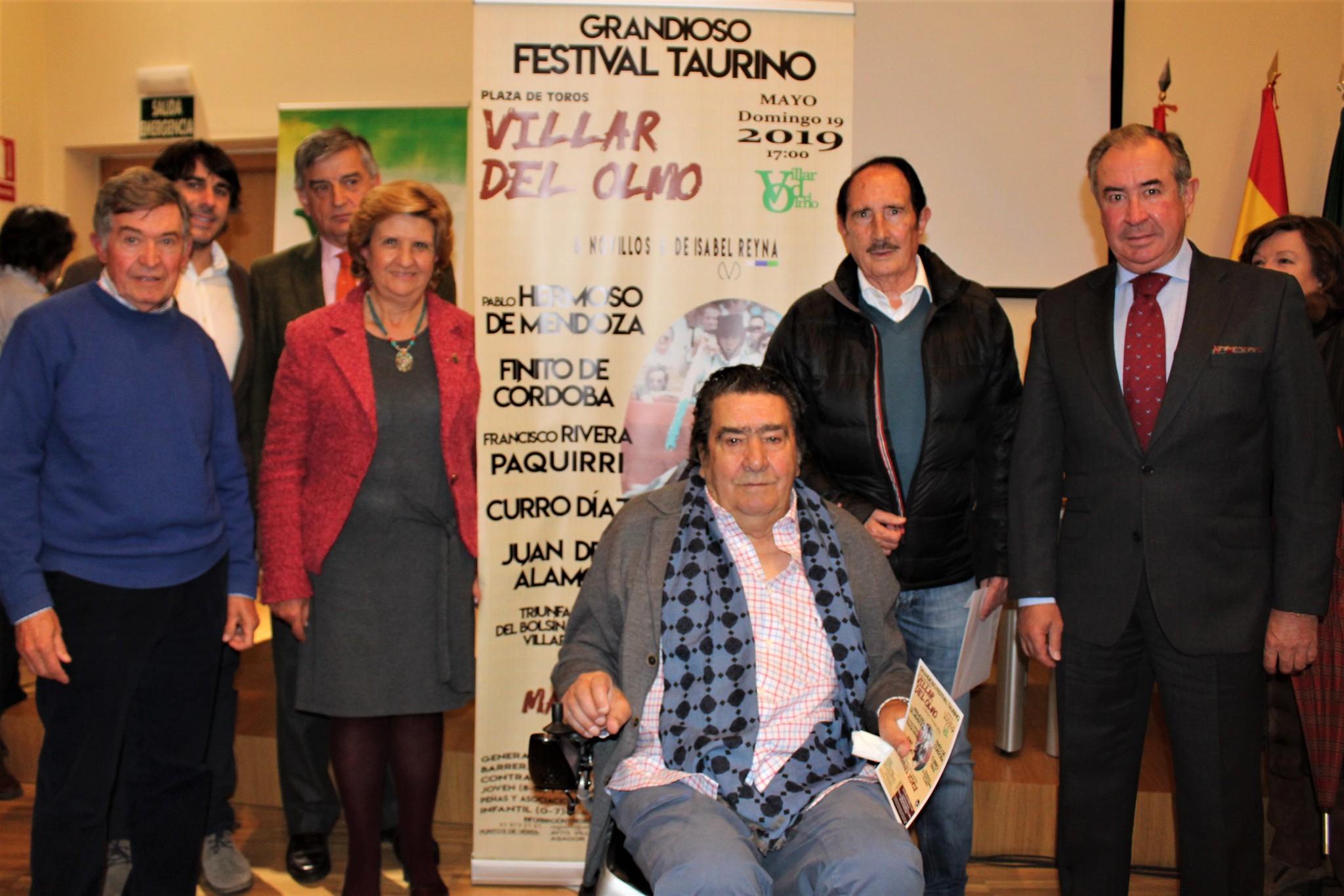 Presentación cartel taurino homenaje a Vidrié