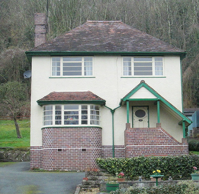 Art Deco Style House, Pant, Shropshire