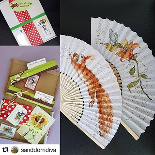 """Ohh, ein #wandklexkundenfoto, mit was noch ganz Brandneuem von mir! #Repost von @sanddorndiva """"・・・ So ein Päckchen von der Frau @wandklex ist ja immer eine aufregende Sache. Da sind die bestellten Artikel drin und noch viele tolle Überraschungen. Und die   by wandklex Ingrid Heuser freischaffende Künstlerin"""