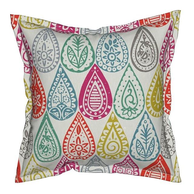 Indian raindrops serama throw pillow