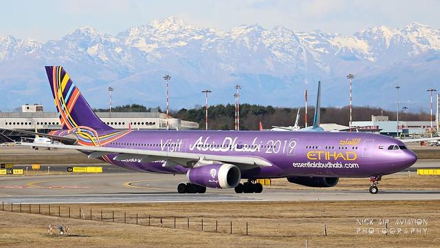 A6-AFA Etihad Airways Airbus A330-343