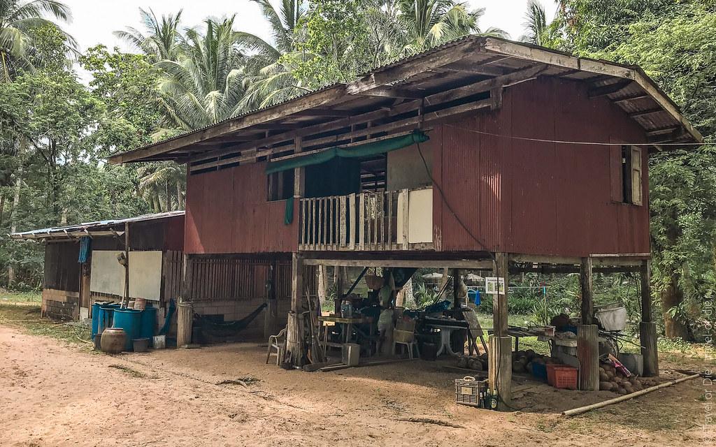 Rang-Yai-Island-Phuket-iphone-0856