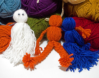 Yarn Dolls Step 13 | by owntwohands