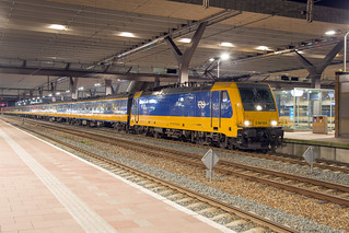 NS 186 028 Rotterdam Centraal | by daveymills37886