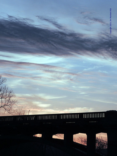 sun morningsun morninglight sunrise joplin jomo joplinmissouri shoalcreek bridge drivetowork midwest missouri sky clouds