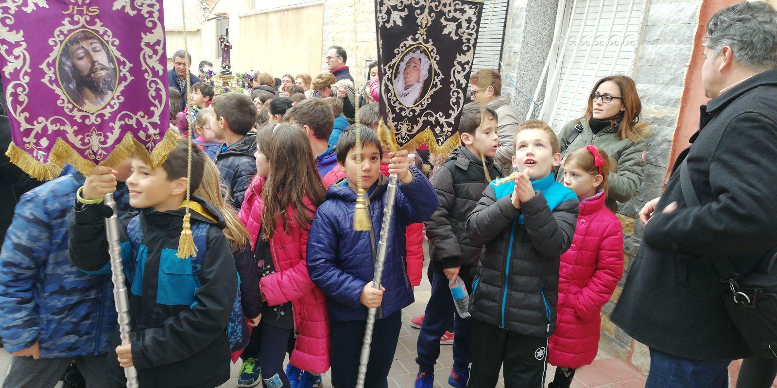 (2018-03-23) II Vía Crucis Infantil (Catequistas) (17)