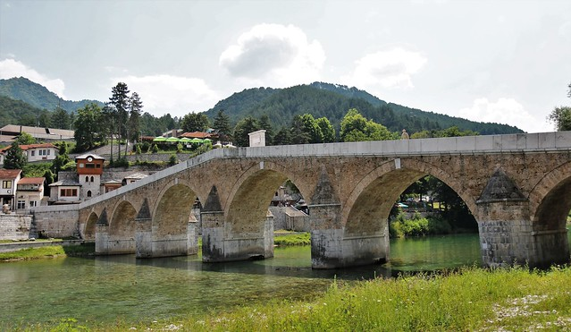 The Old Bridge in Konjic on the Neretva River is considered the point where Herzegovina connects with Bosnia. It was built in 1682. The bridge is made of stone and has six arches. It is one of the most beautiful bridges of the Ottoman period in Bosnia and