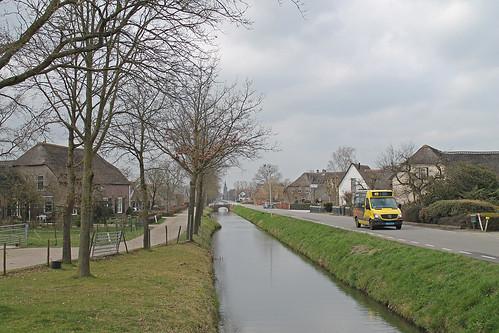 Qbuzz 4356 (Pouw Vervoer 120) - Schalkwijk, Provincialeweg | by Daniël Bleumink