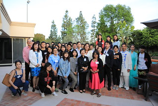 April 8 '19 President De la Torre meets with Chinese students