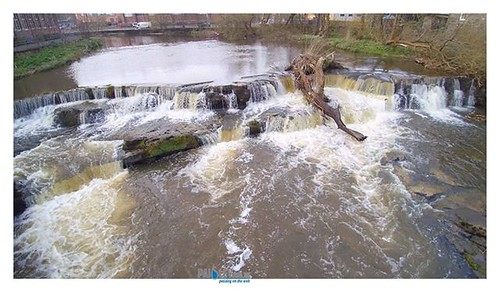 The Hammills Waterfall. Thanks To Paisley Buddie https://psly.scot/2TIxOlU #paisley #scotland #history #renfrewshire #scotland #positivepaisley #drone #4k | by paisleyorguk
