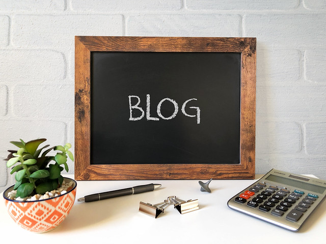 Image showing Blog on a blackboard, served from Flickr. Website of Amar Vyas.