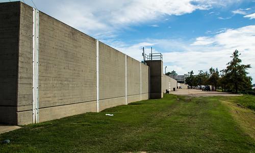 Flood Wall in Vicksburg