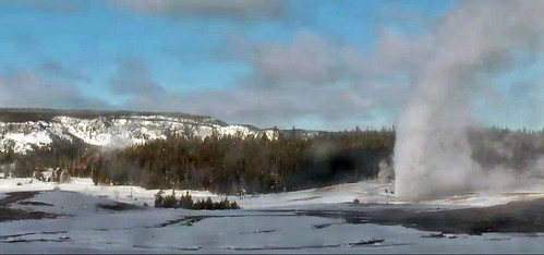 Beehive Geyser eruption (12:43 PM, 28 January 2019) | by James St. John