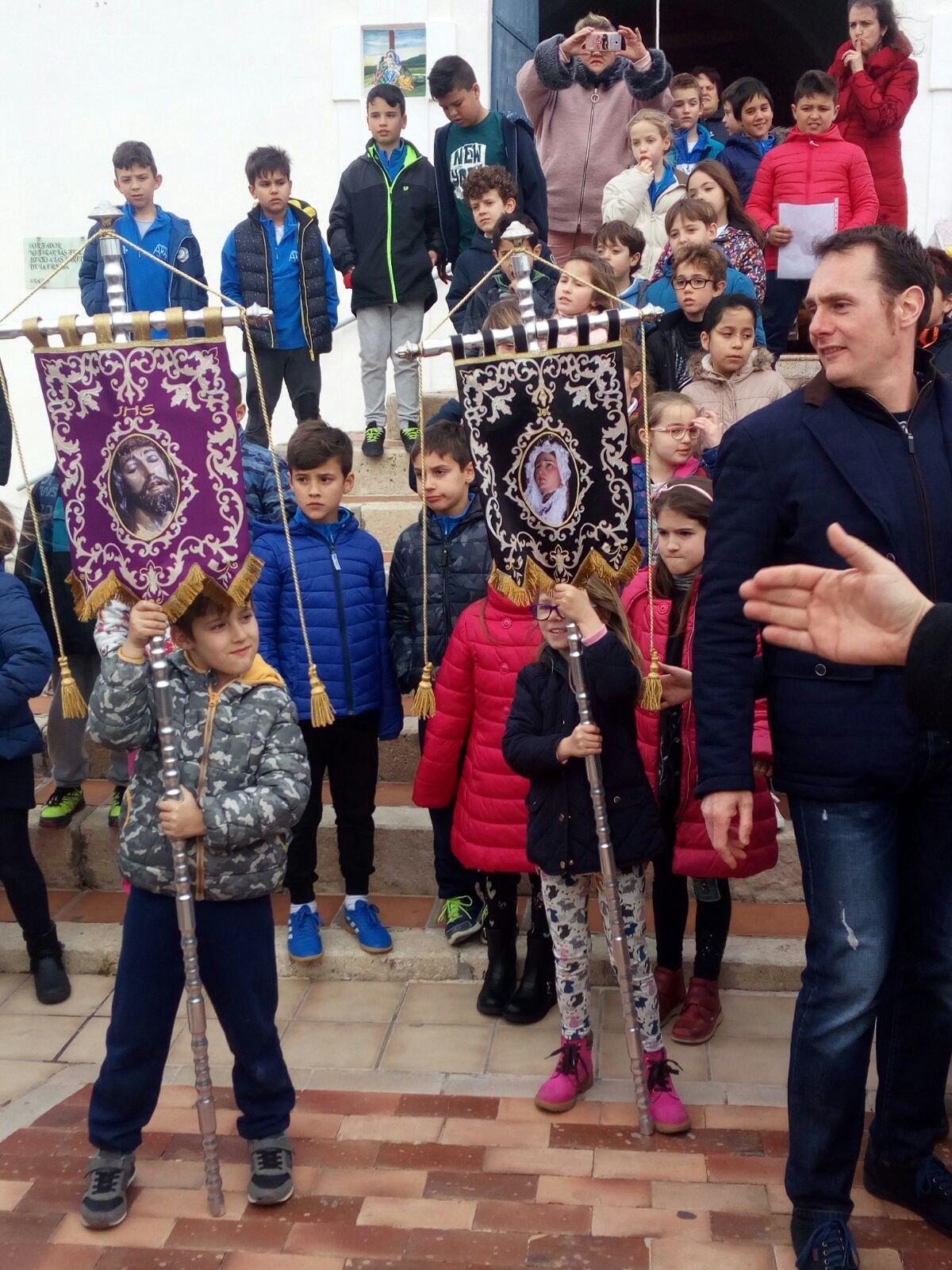 (2018-03-23) II Vía Crucis Infantil (Catequistas) (02)