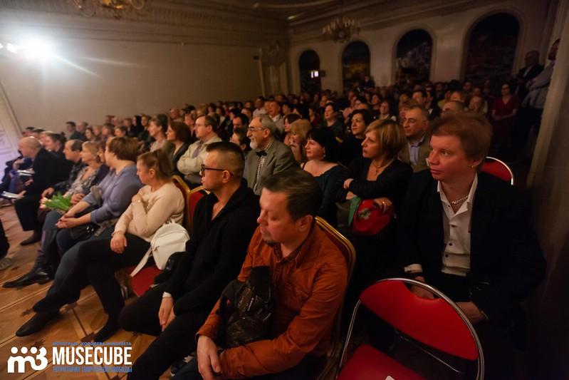 teatr_shalom_dom_gur-100