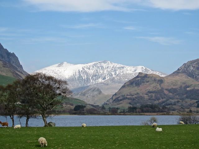 4288 Snowdon over Llyn Nantlle Uchaf