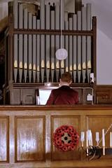 Playing organ 1