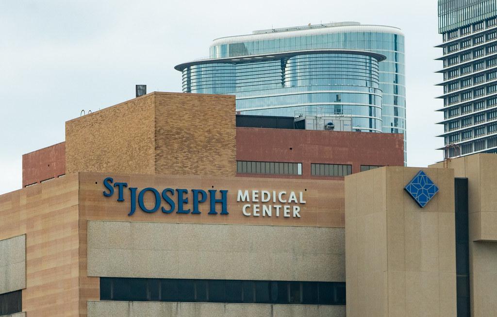 St. Joseph Medical Center - Hospital in Downtown Houston, Texas