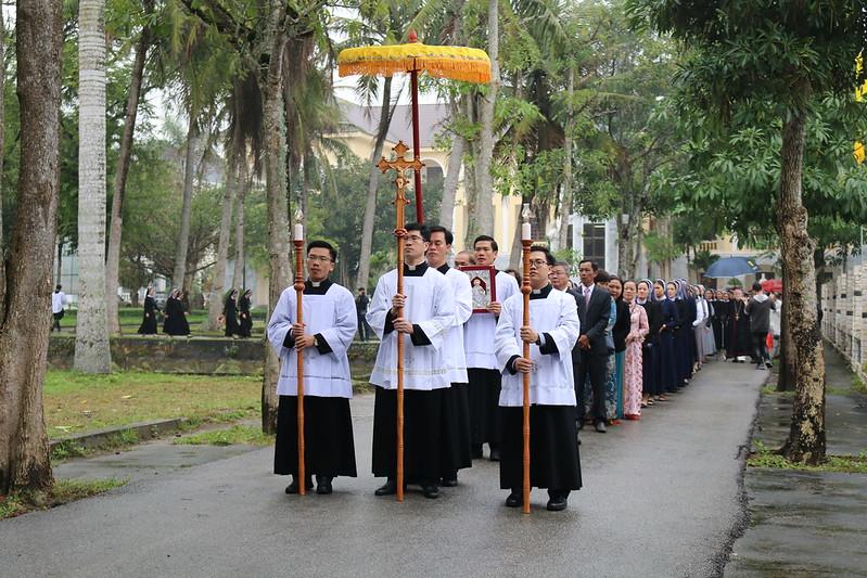 Thanh le Nham chuc (1)