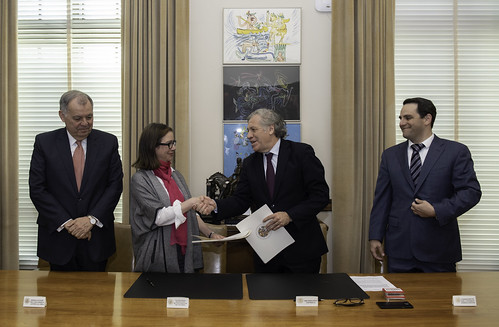 OAS and Colombia Sign Agreement to Hold the 49th General Assembly in Medellín