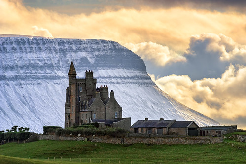 classiebawn castle mullaghmore valley benbulben ben bulben county sligo mountain snowcapped snow capped winter frozen 2019 hill cliff landscape scape donegal ireland irish rocks nature natural tourist site summer visit nikon d810 gareth wray photography sky nikkor 150500mm sigma zoom lens sun photographer mountains walk heather stack table top dartry benbulbin grange day vacation country house manor lord mountbatten cliffoney holiday europe bulbin wild atlantic way route sunset lands scenic cliffony