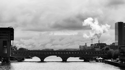 kiltro fr france city street bridge pont bw clouds vapour sky water cityscape