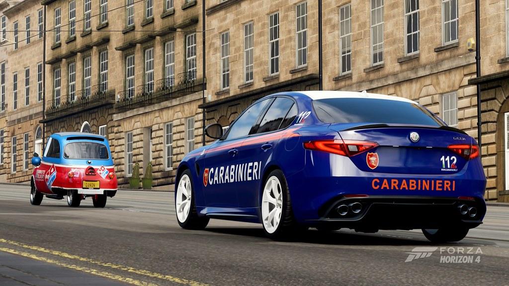 Forza Horizon 4 Alfa Romeo Giulia Carabinieri & BMW Isetta