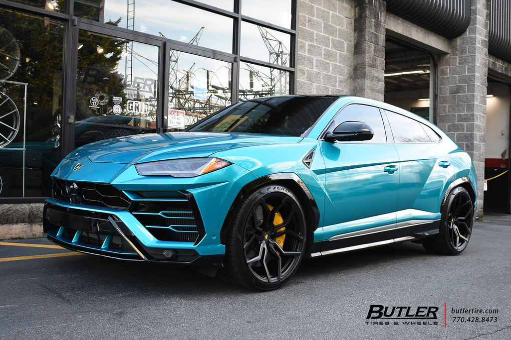 Custom Wrapped And Lowered Lamborghini Urus With 23in Voss Flickr
