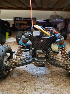 Tamiya Thundershot Thunder Dragon Fire Dragon Terra Scorcher carbon shock tower with pivot pin reinforcement | by cyturner