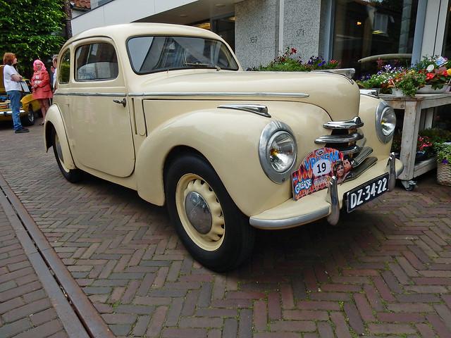Skoda 1102 Tudor 1950 (N1965)