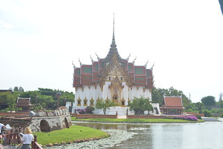 Thai Archetecture MBBKK 11-30-17 01 | by THE Holy Hand Grenade!