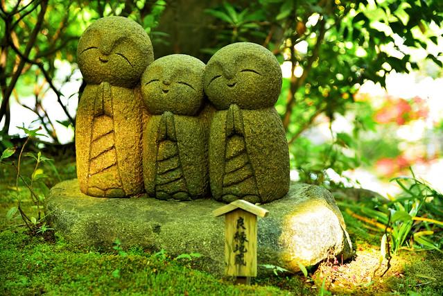 little Kṣitigarbha statues, Hasedera, Kamakura-shi, Kanagawa-ken, Japan