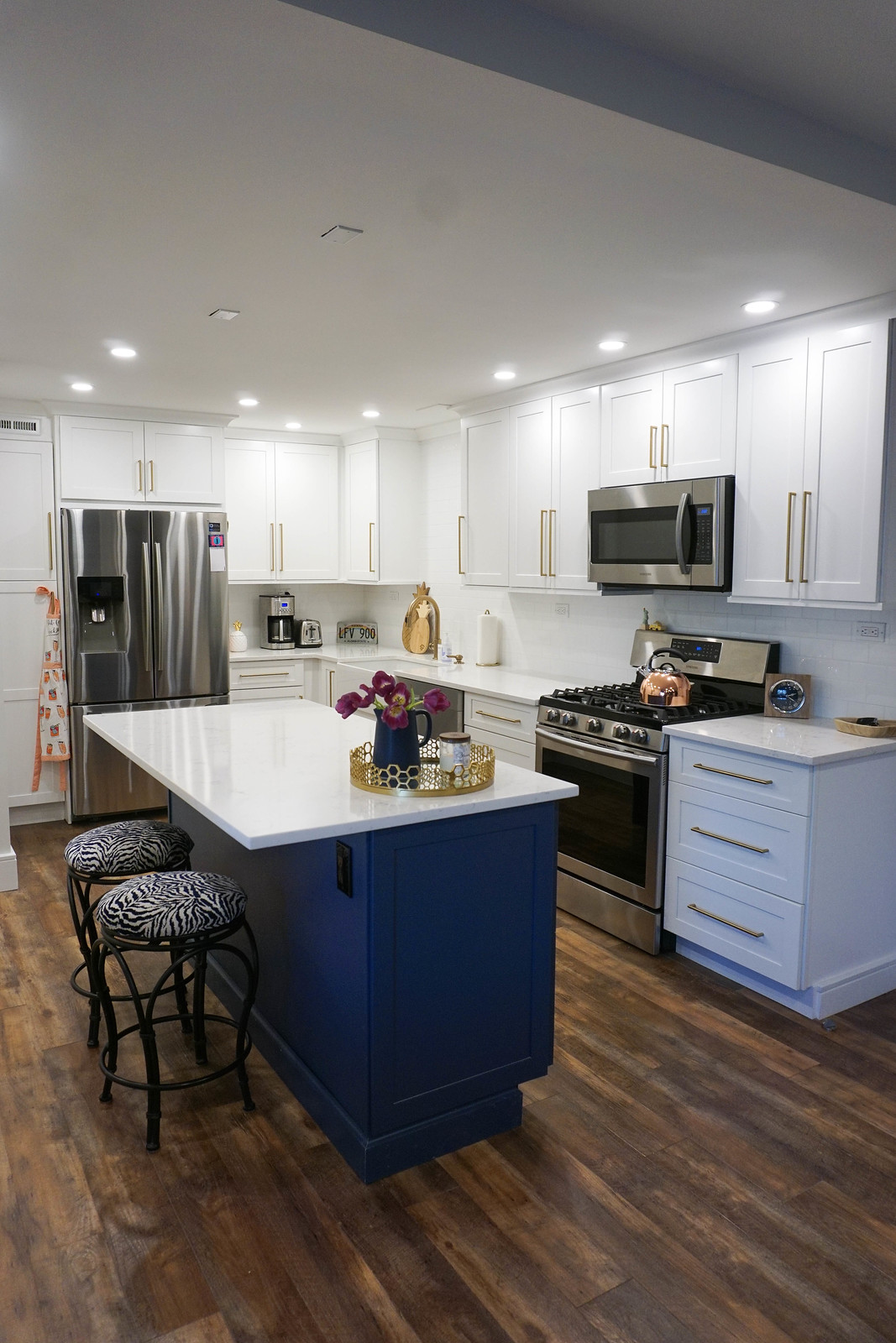 Kitchen Design Ideas Small Apartment | Two Toned Cabinet Install | Before & After: My New York Apartment Kitchen Renovation | 1970s Apartment Small Kitchen Redesign | Living After Midnite Jackie Giardina