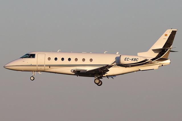 EC-KBC Tag Aviation Spain Gulfstream G200 at Lisbon Airport (LIS/LPPT)