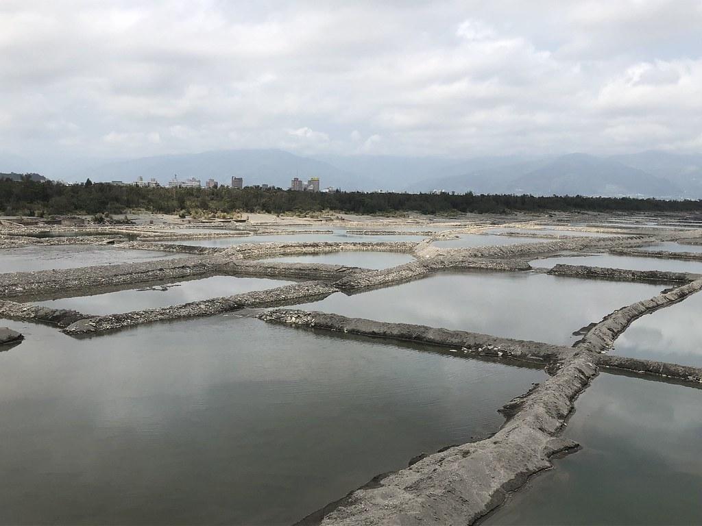 水利署與台東縣政府合作魚塭式水覆蓋。攝影:廖靜蕙