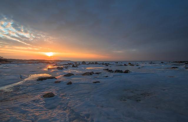 February seascape