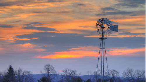 2019 aermotor brookfield ct connecticut ecw hdr happy happylandings hawleyville img448123detailed landings t2019 usa unitedstates farm meadow open protected space windmill sunset rtect025