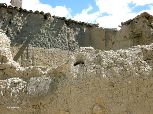 Muros en ruinas. Ruined walls. | by Esetoscano