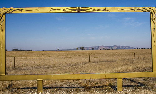 Mt Arapiles with a frame