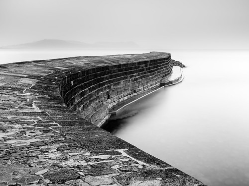 thecobb lymeregis dawn early sea seascape le longexposure bw mono light dark canon camera lens leefilters minimal
