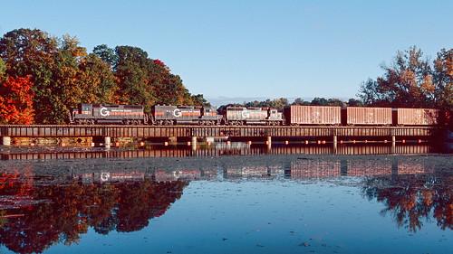 railroad train locomotive bm guilford