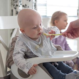 ensimmäinen ruokailu   by mariallablogi