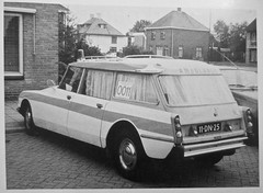 11-DN-25 CITRO�N DS Break 23 Confort Ambulance 1974