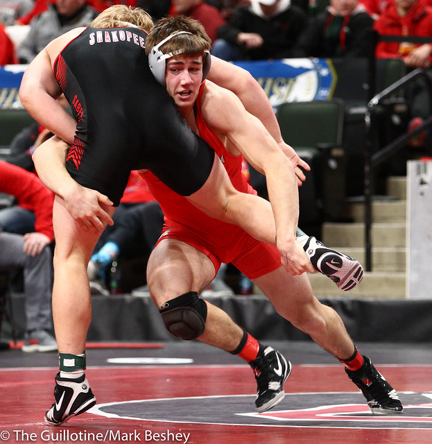 182 - Quarterfinal - Ben Schmalz (Mound-Westonka) 48-2 won by decision over Jack Casey (Shakopee) 36-11 (Dec 7-3) - 190301amk0031