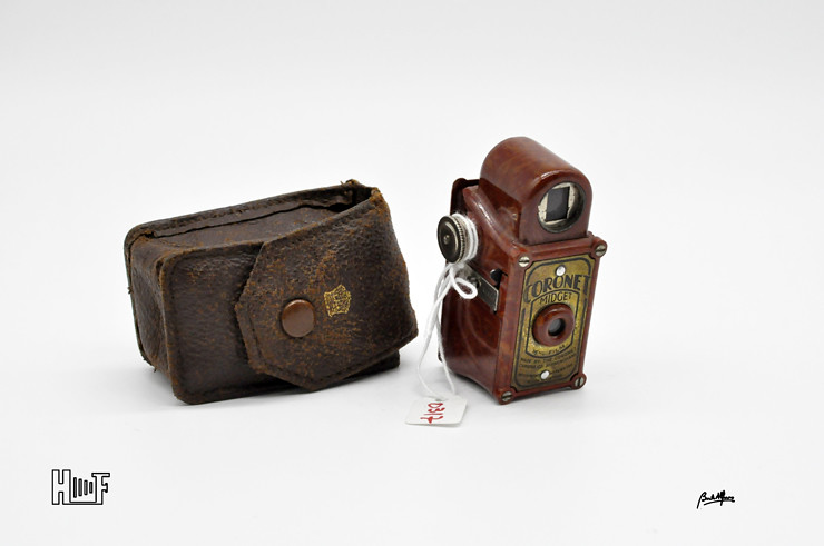 _DSC8925 Coronet Midget - Red