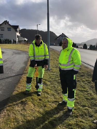 Kabelpåvisning og markørsøk med Com Net i Ulsteinvik. | by meggernorway