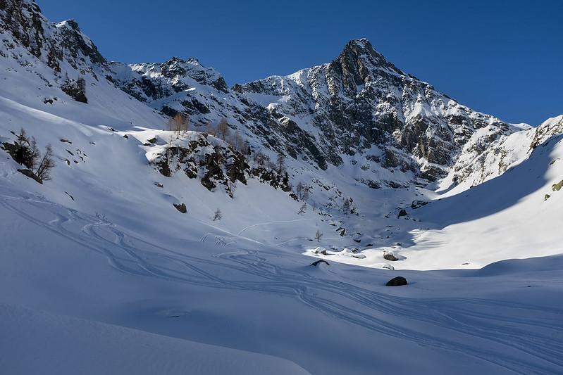Cima Soliva: il Pizzo del Salto domina la Val Vedello