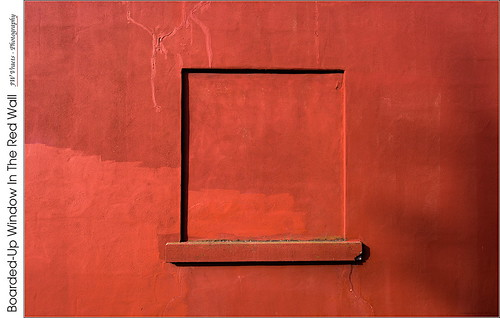 grimsby postoffice alley wall window boardedup stucco cracks red redrule rectangle monochrome abstract opensource rawtherapee gimp nikon d7100 afsdxnikkor1224mm
