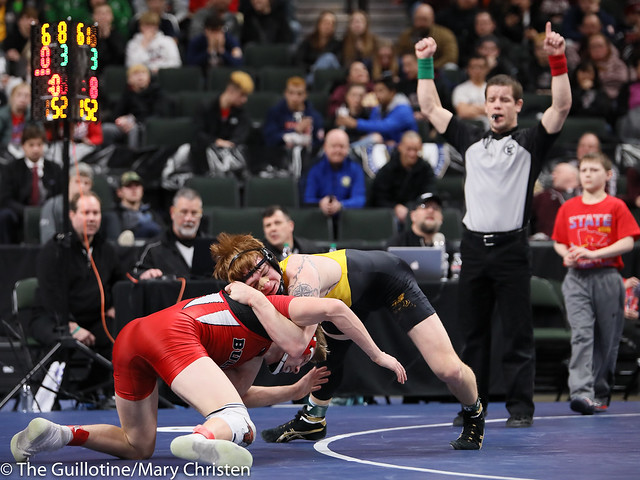 152AA Semifinal - Dylan Fudge (Perham) 44-7 won by decision over Miles Fitzgerald (Fairmont-Martin County West) 28-15 (Dec 3-1). 190302AMC3345